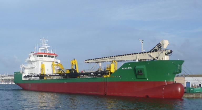 Cargo sablier  2300 m³