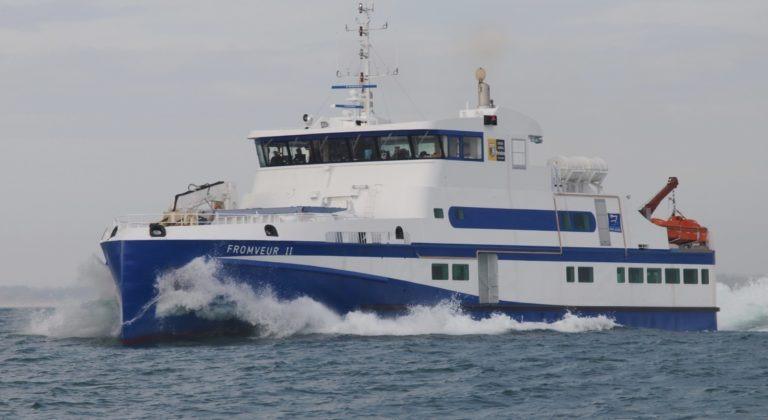 Ferry - 365 passengers - fret 25 t