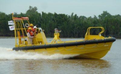 Embarcation rapide de sauvetage FRB720