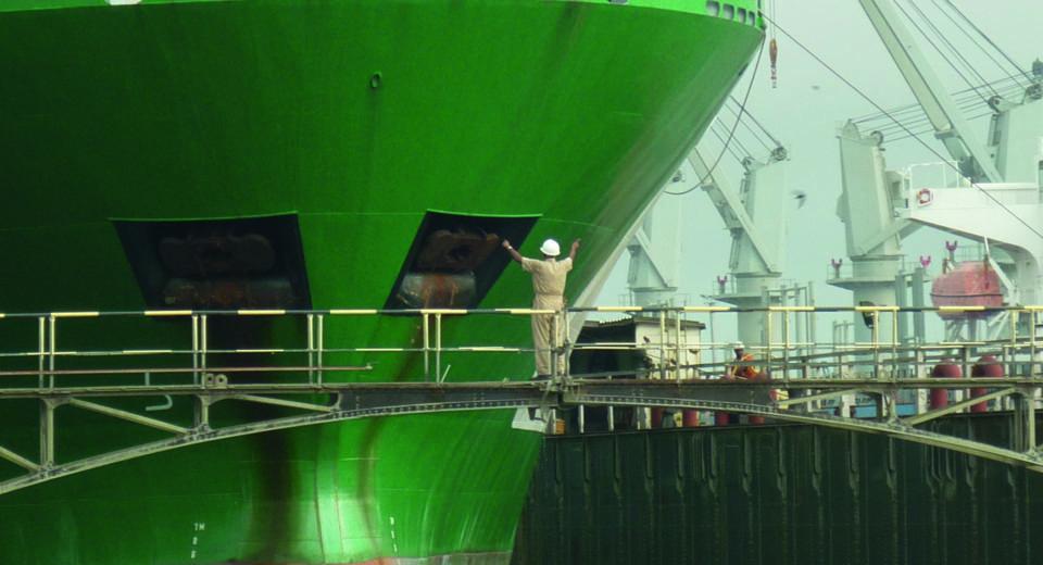 piriou-chantier-naval-shipyard-02