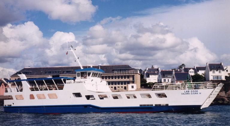 PIRIOU-Chantier-Naval-Produits-barge-LCT-mixte-Shipyard-Products-Cargo-passengers-LCT-34m-SALAMA-DJEMA-IV